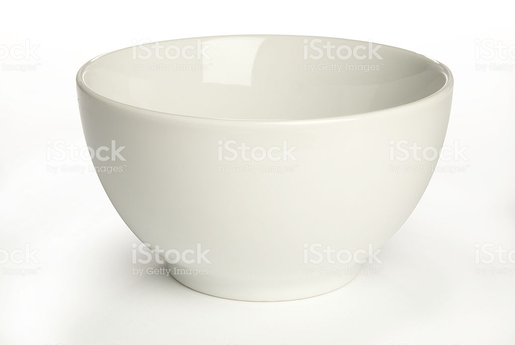 Item-Saladier an-artistic-white-ceramic-bowl-on-a-white-background-picture-id97536357.jpg